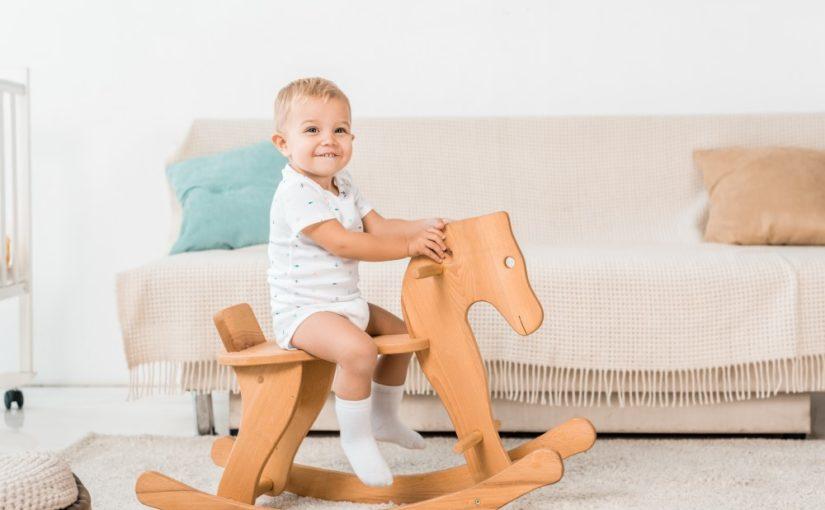 Gyngehest: Den perfekte gave til en 2-årig